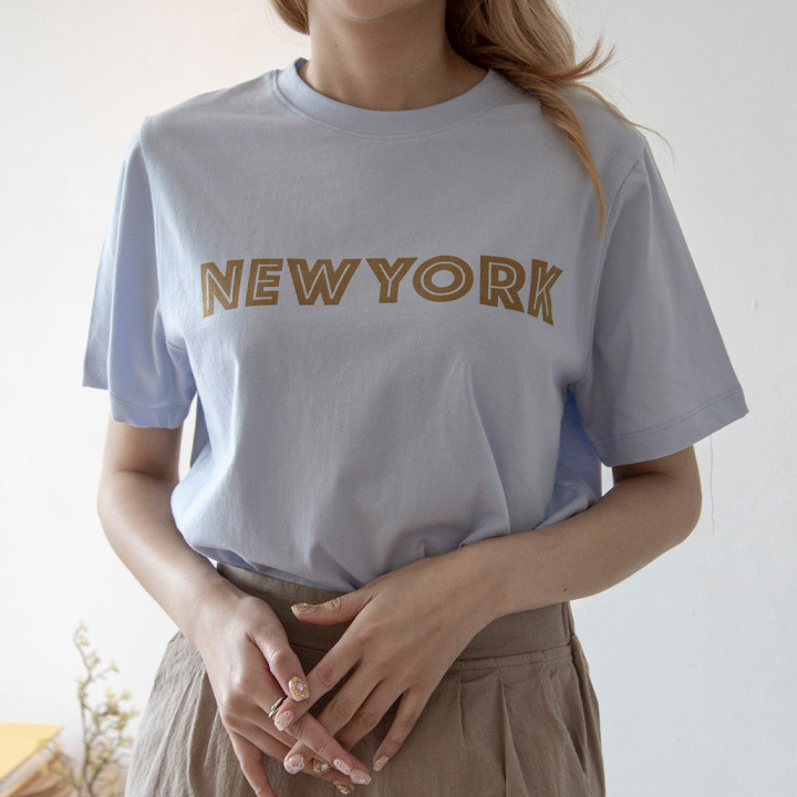 P9828 Line 刻字短袖 T 恤